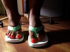 MsTiye New Yorks own Mature Foot...