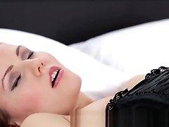 Sexy Russian Mummy Uses A...