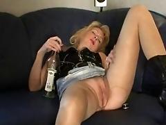 Amateur - Blond Mature Creampie...