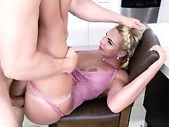 Hot Housewife Phoenix Marie...