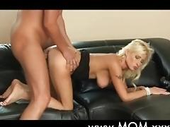 Wifey romanced to orgasm