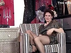Cougar In Pantyhose Has Solo...