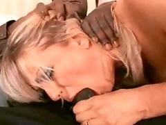 Big-chested mommy gets a black dick