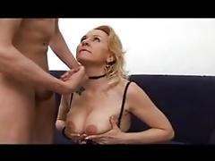 Le nuove tette di mamma