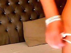 37% Blonde Cougar On Webcam...