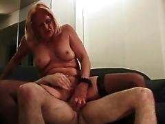 Crazy mature wants a dick
