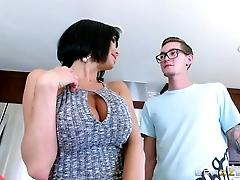 Brazzers - Luna Star sees cock...