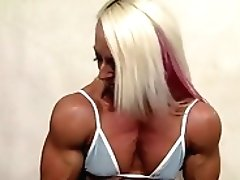Female Bodybuilder Shows Off Her...