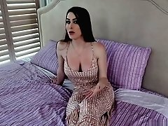 Brianna Rose Wants To Train Her...