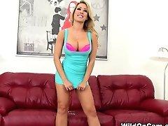 Horny Pornographic Star Capri...