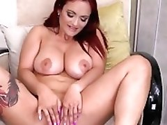 Huge-boobed Italian Mommy...