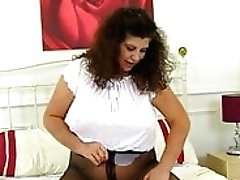 Buxom Cougar Gilly From The Uk...