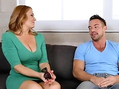 Curvy Mom Elexis Monroe Gets Her...
